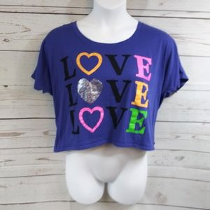 Love Hearts Graphic Crop Tee